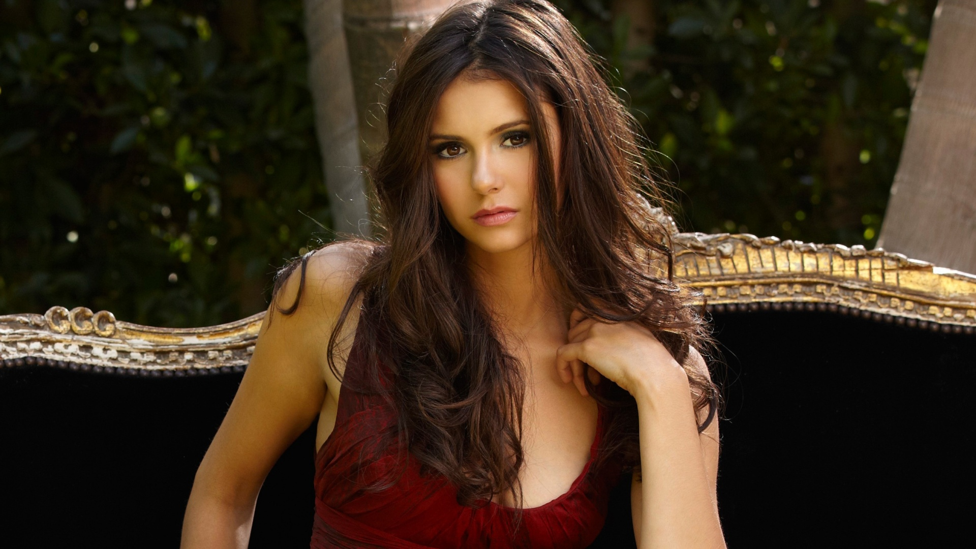 nina dobrev wallpapers hd A1