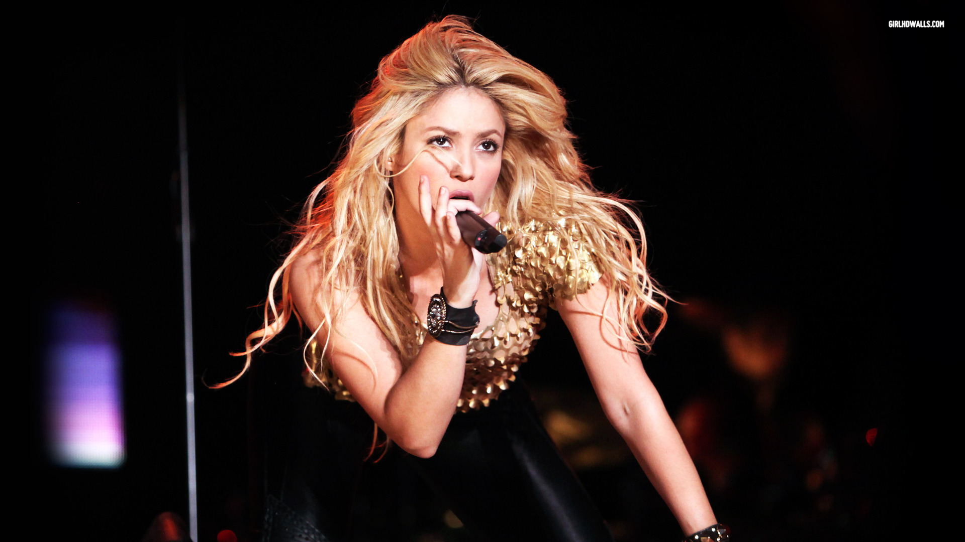 shakira wallpaper stage