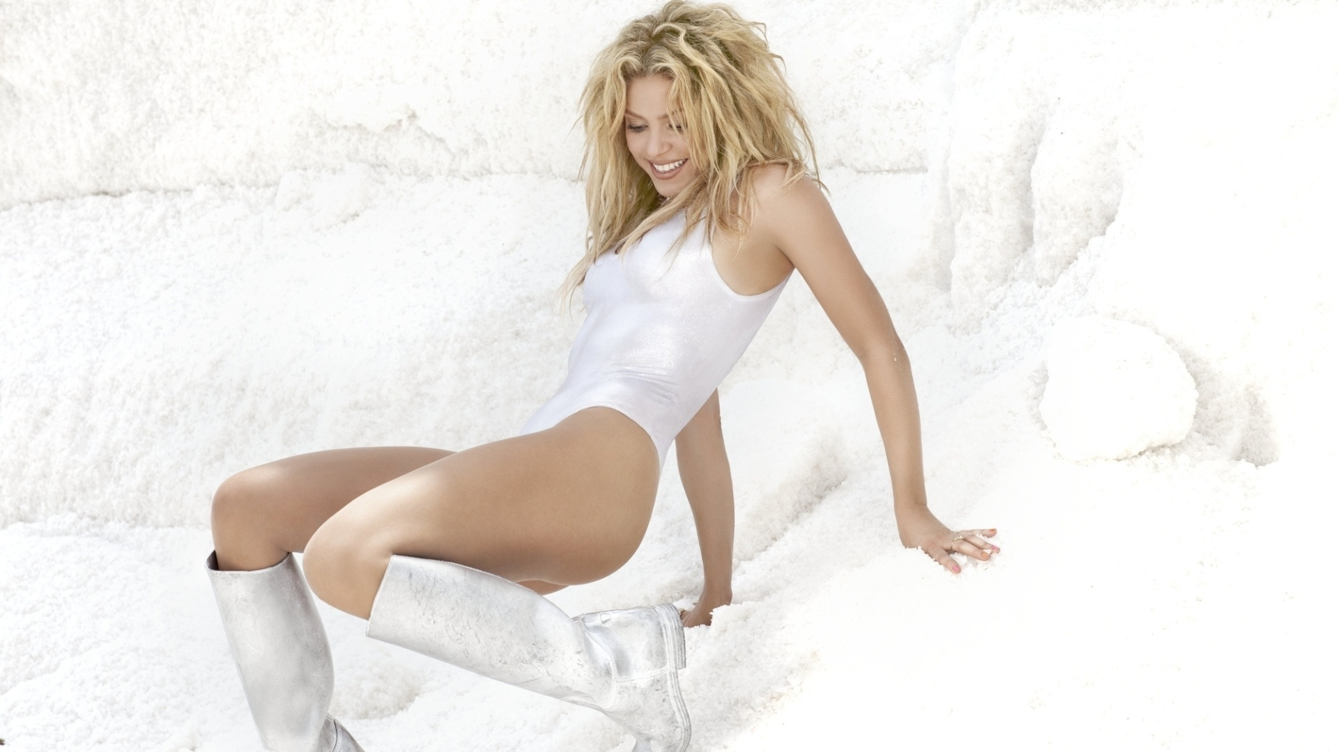 shakira wallpaper white
