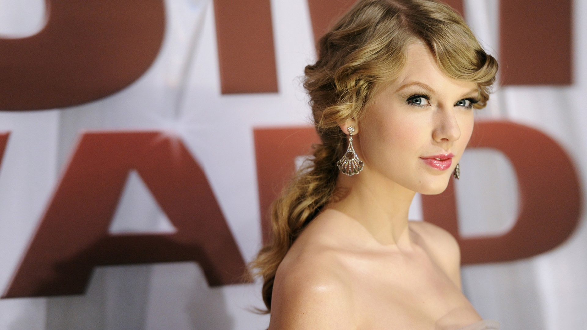 taylor swift wallpapers hd A4