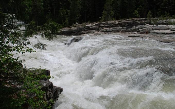 waterfall wallpapers UHD