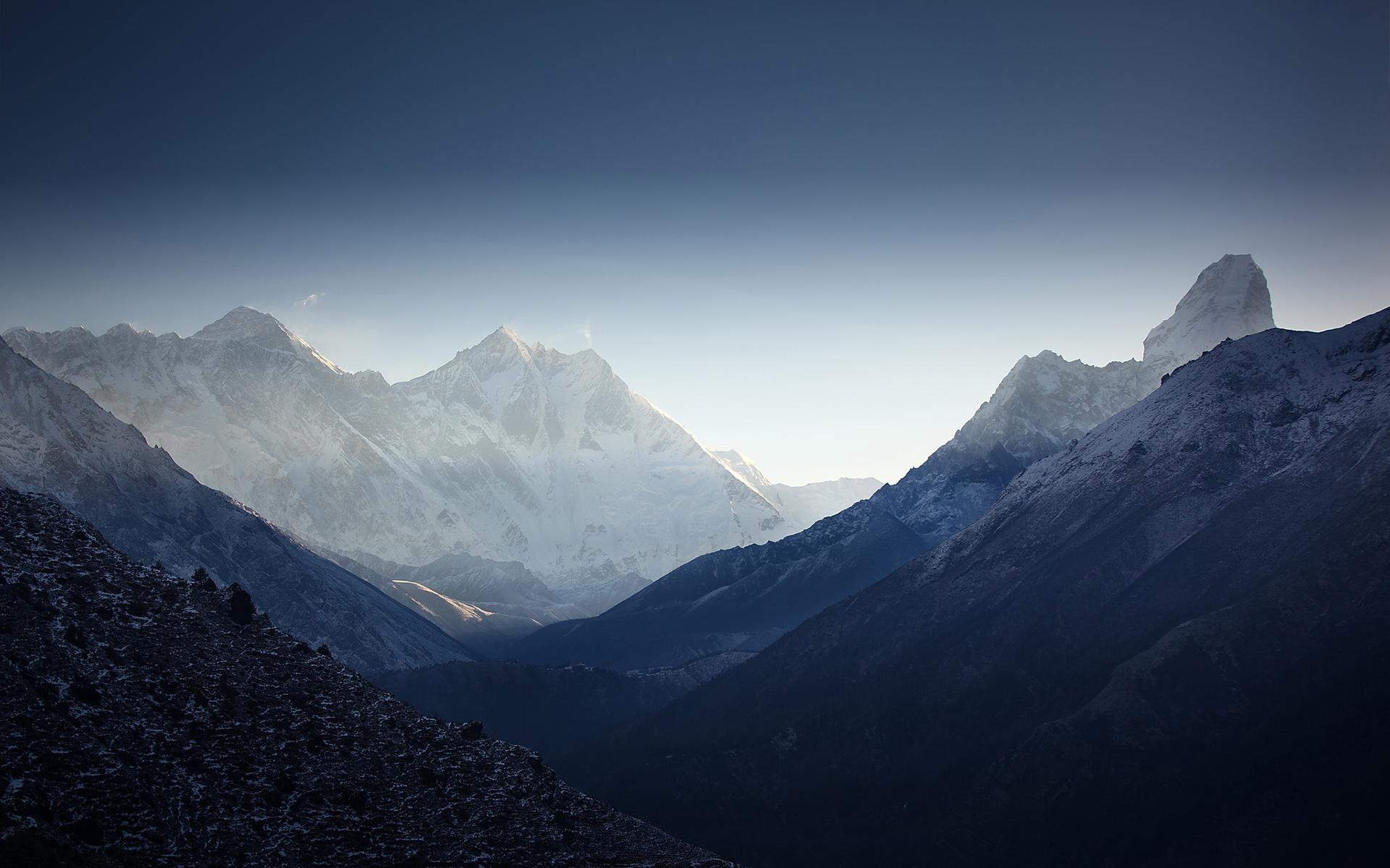 Ama Dablam Himalaya - HD Desktop Wallpapers