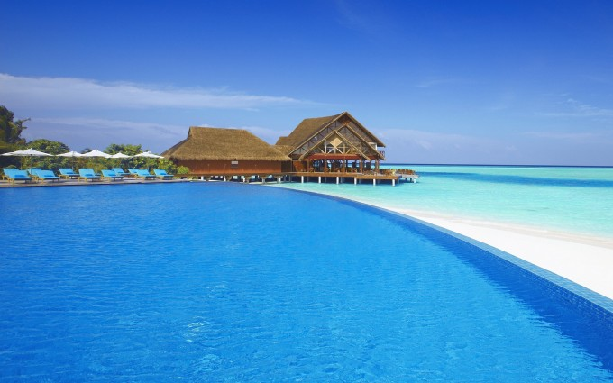 beach resort pool desktop download