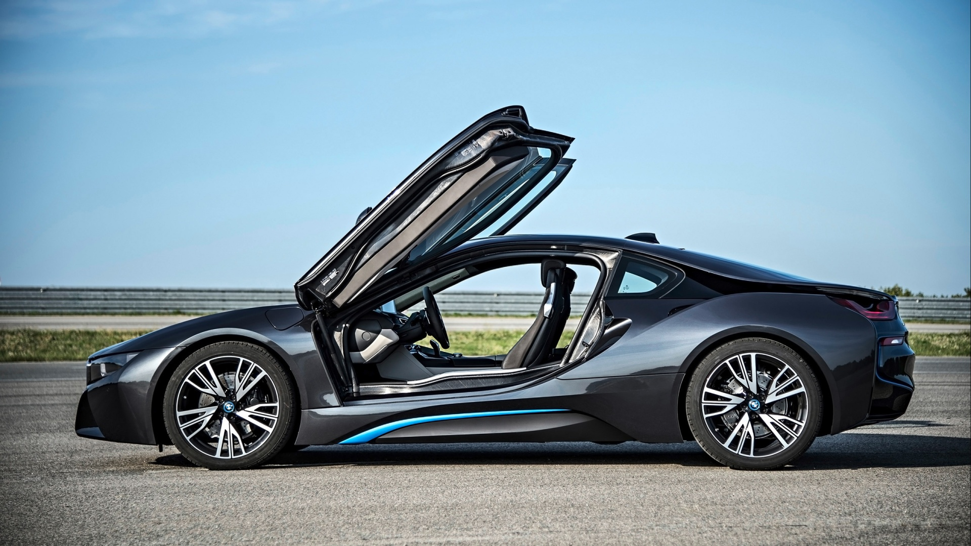 bmw i8 wings