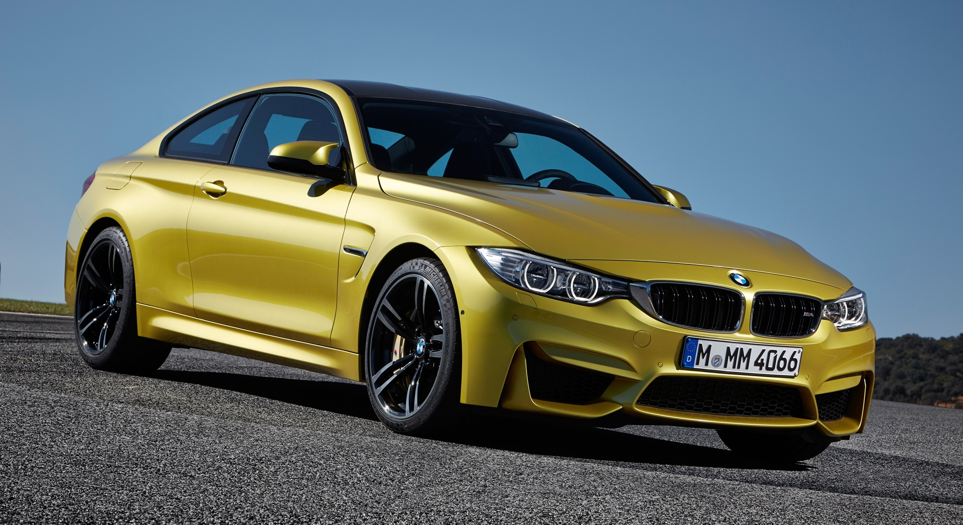 bmw m4 coupe yellow hd desktop wallpapers 4k hd. Black Bedroom Furniture Sets. Home Design Ideas