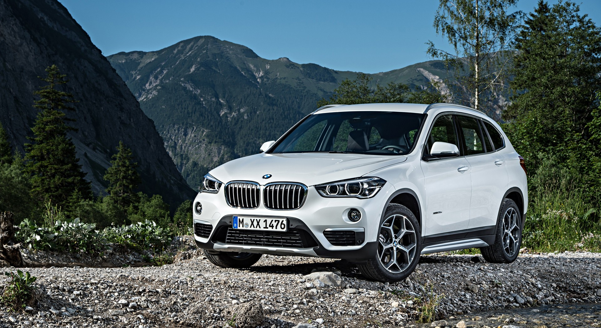 bmw x1 white countryside
