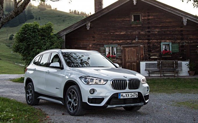 bmw x1 white desktop background