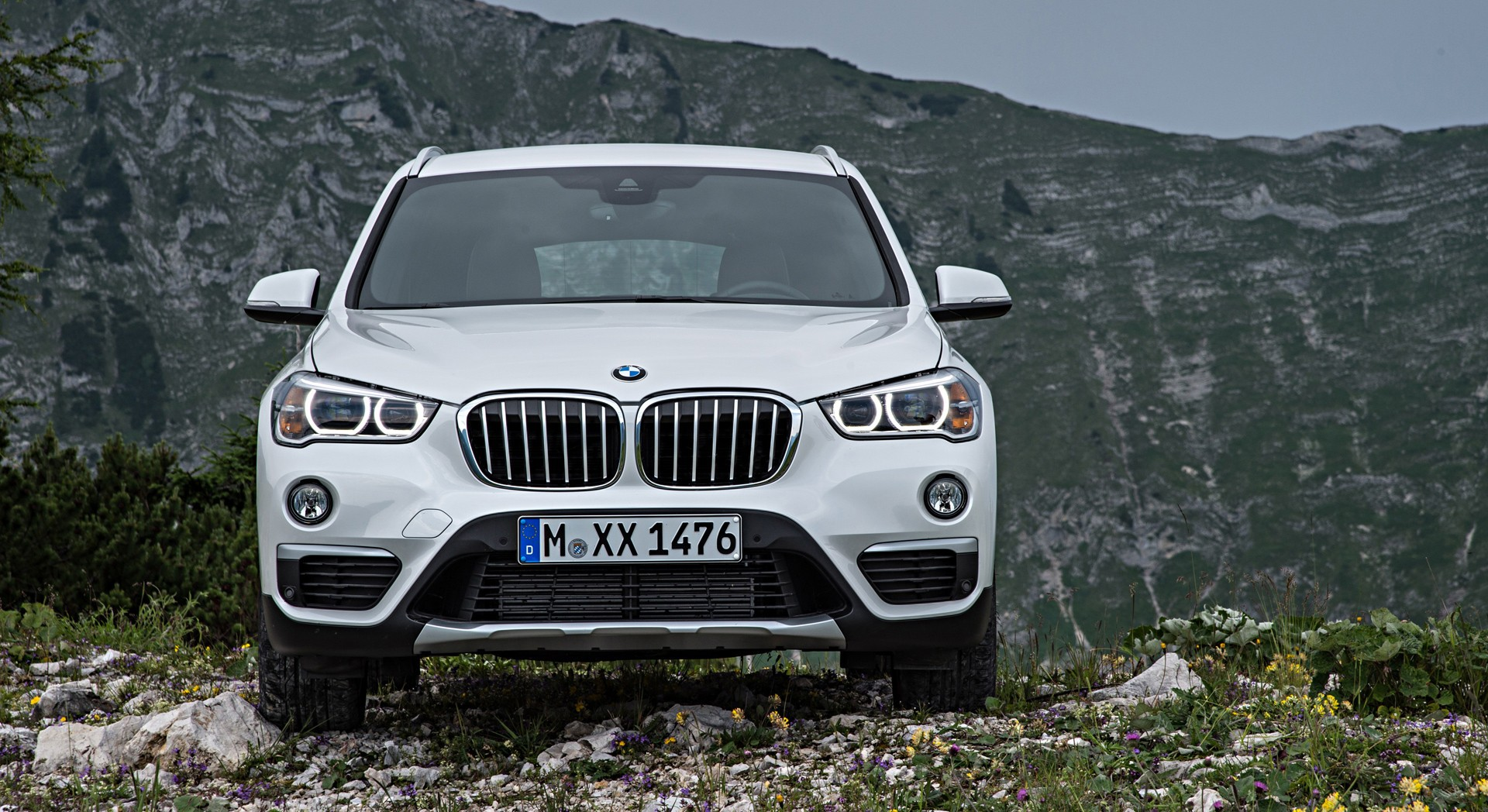 bmw x1 white desktop download