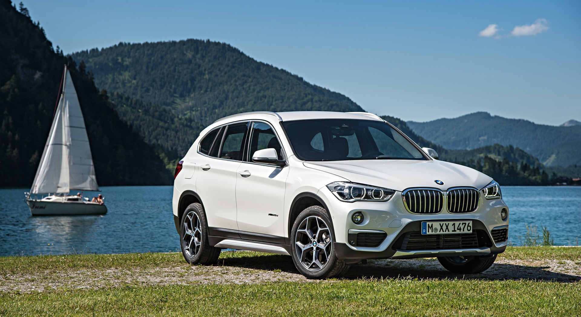 bmw x1 white wheels