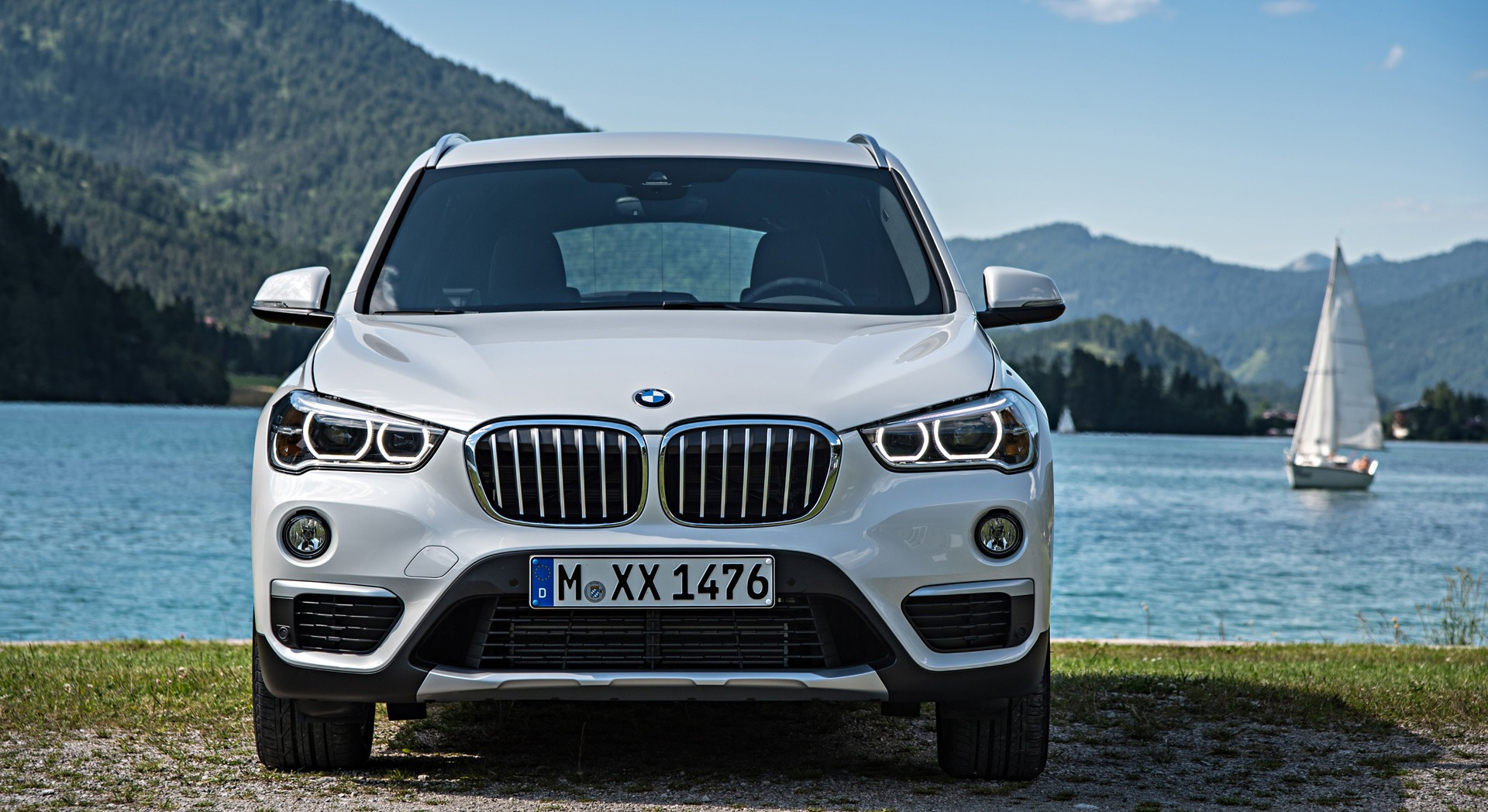 bmw x1 white widescreen