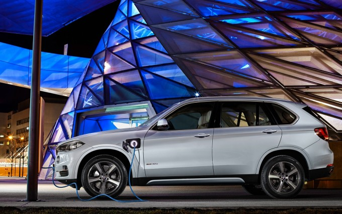 bmw x5 launch date