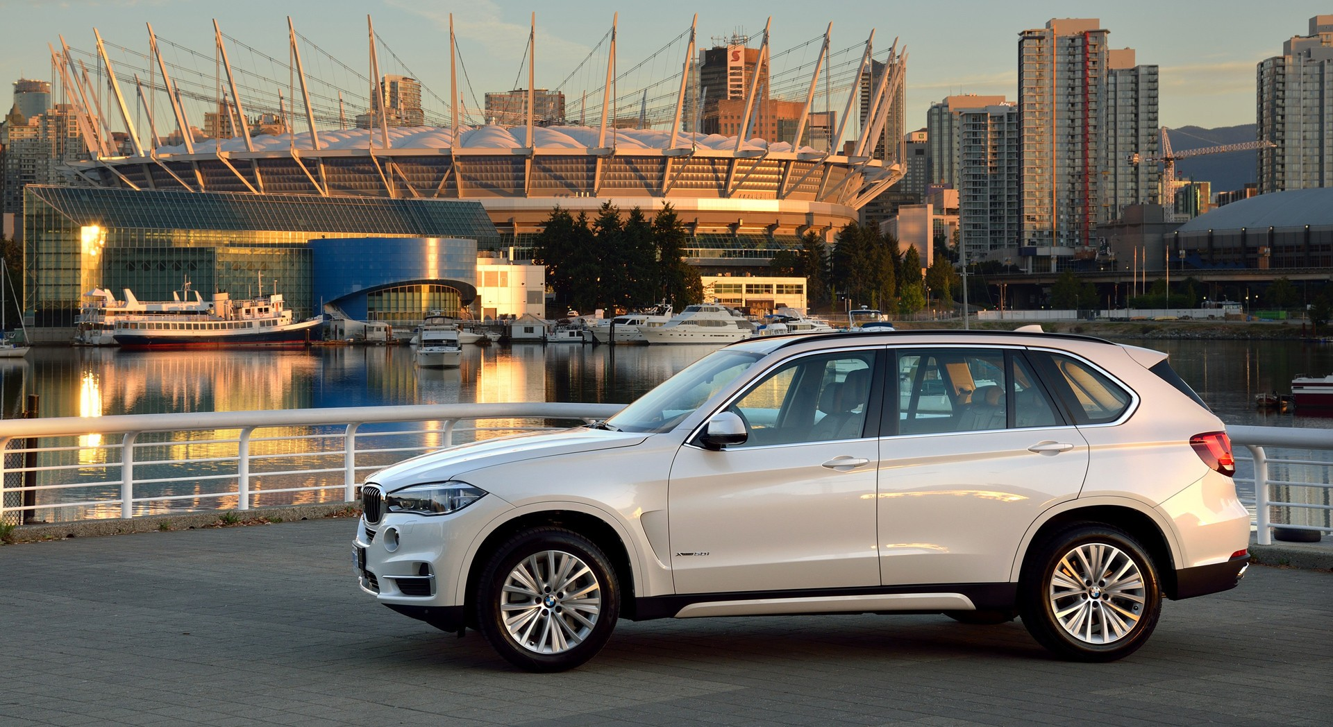 bmw x5 white city