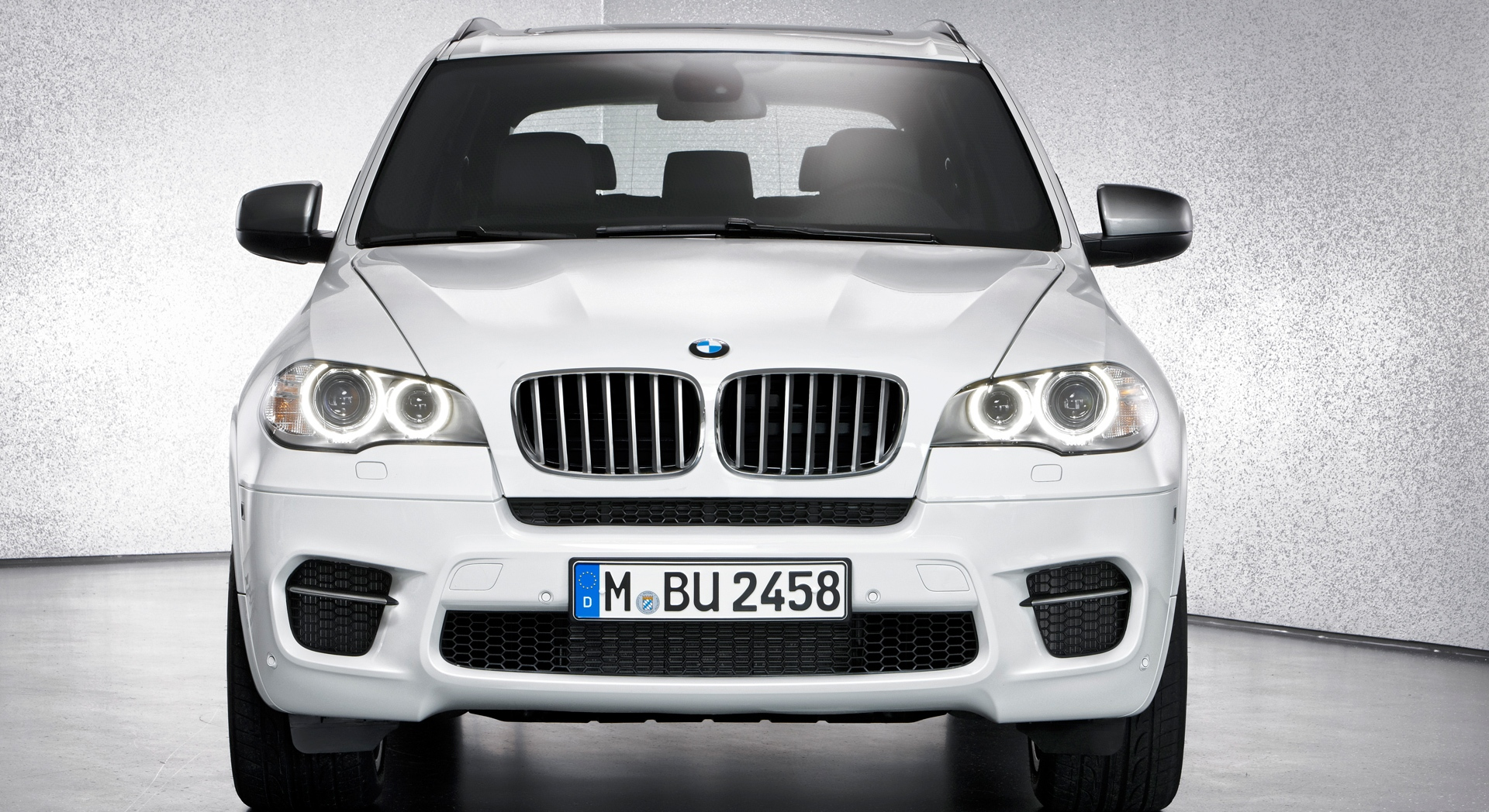 bmw x5 white front