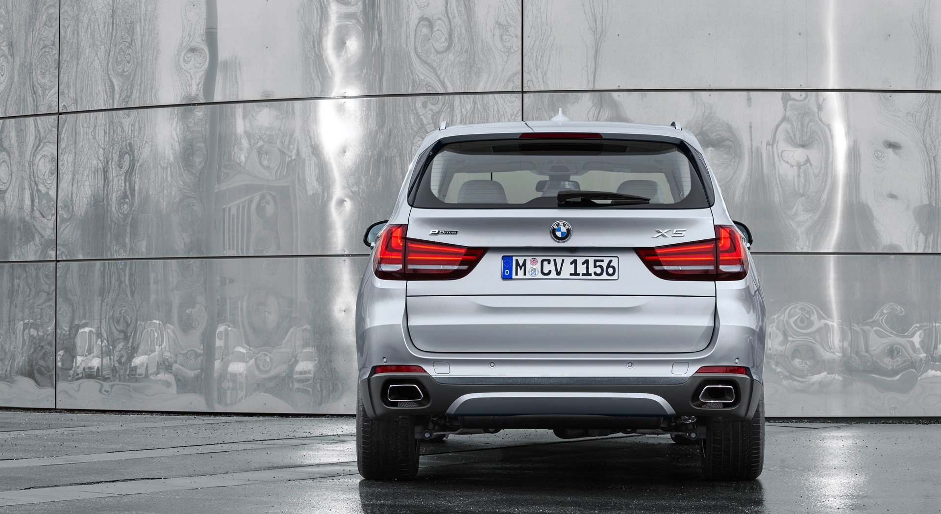 bmw x5 xdrive rear