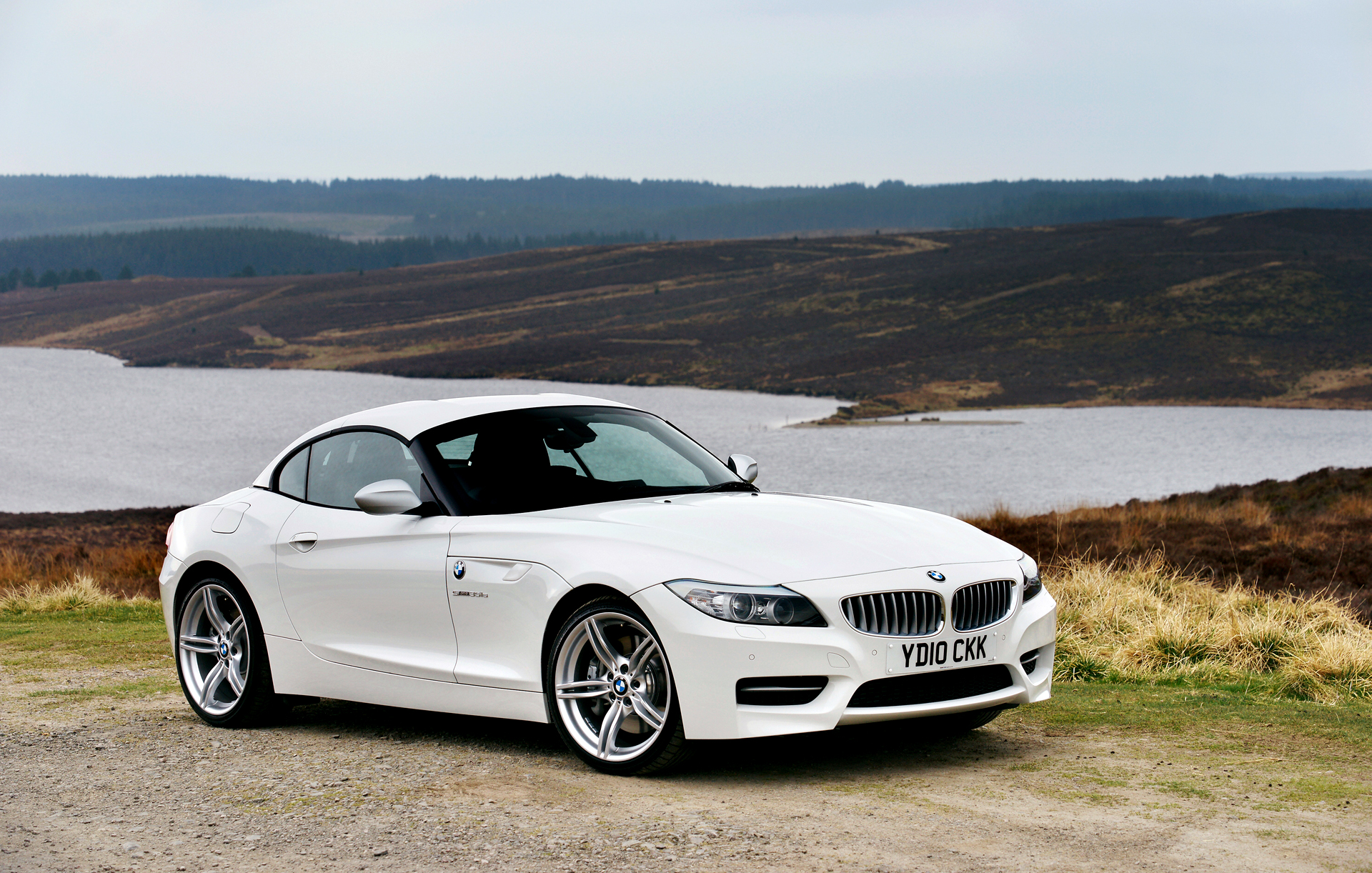 bmw z4 white wallpaper hd