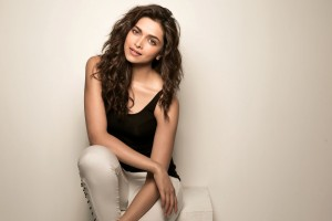deepika padukone wallpaper black