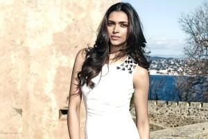 deepika padukone white gown