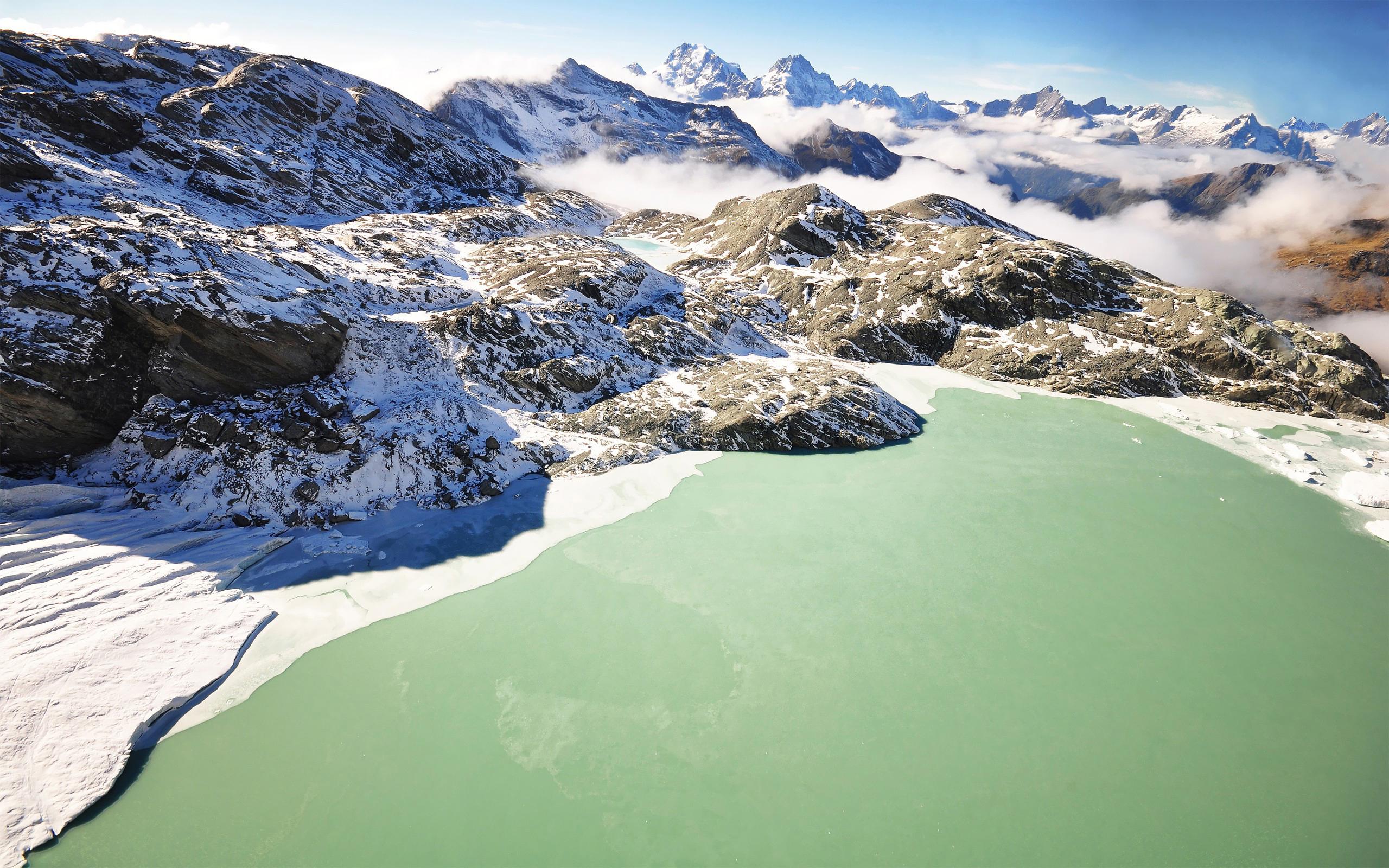 green mountain lake hd A1