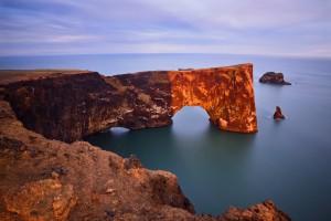 iceland wallpaper dyrholaey arch