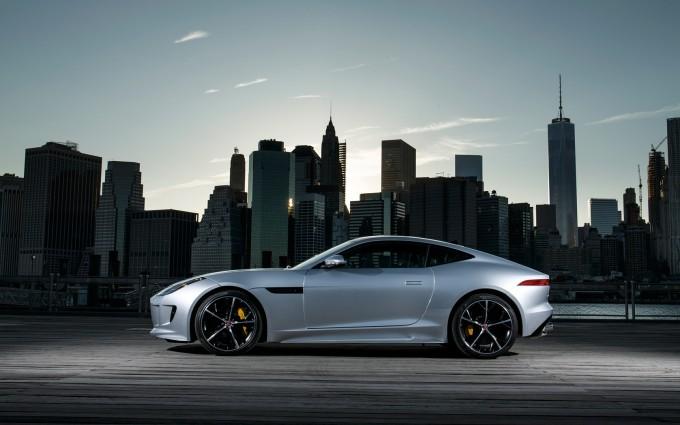 jaguar f type night