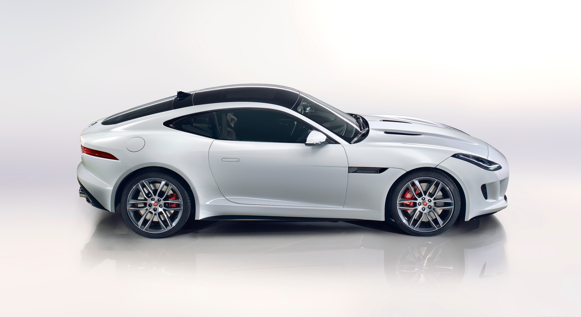 jaguar f type r coupe white cool