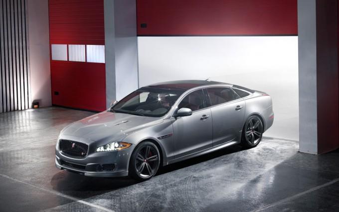 jaguar xjr car