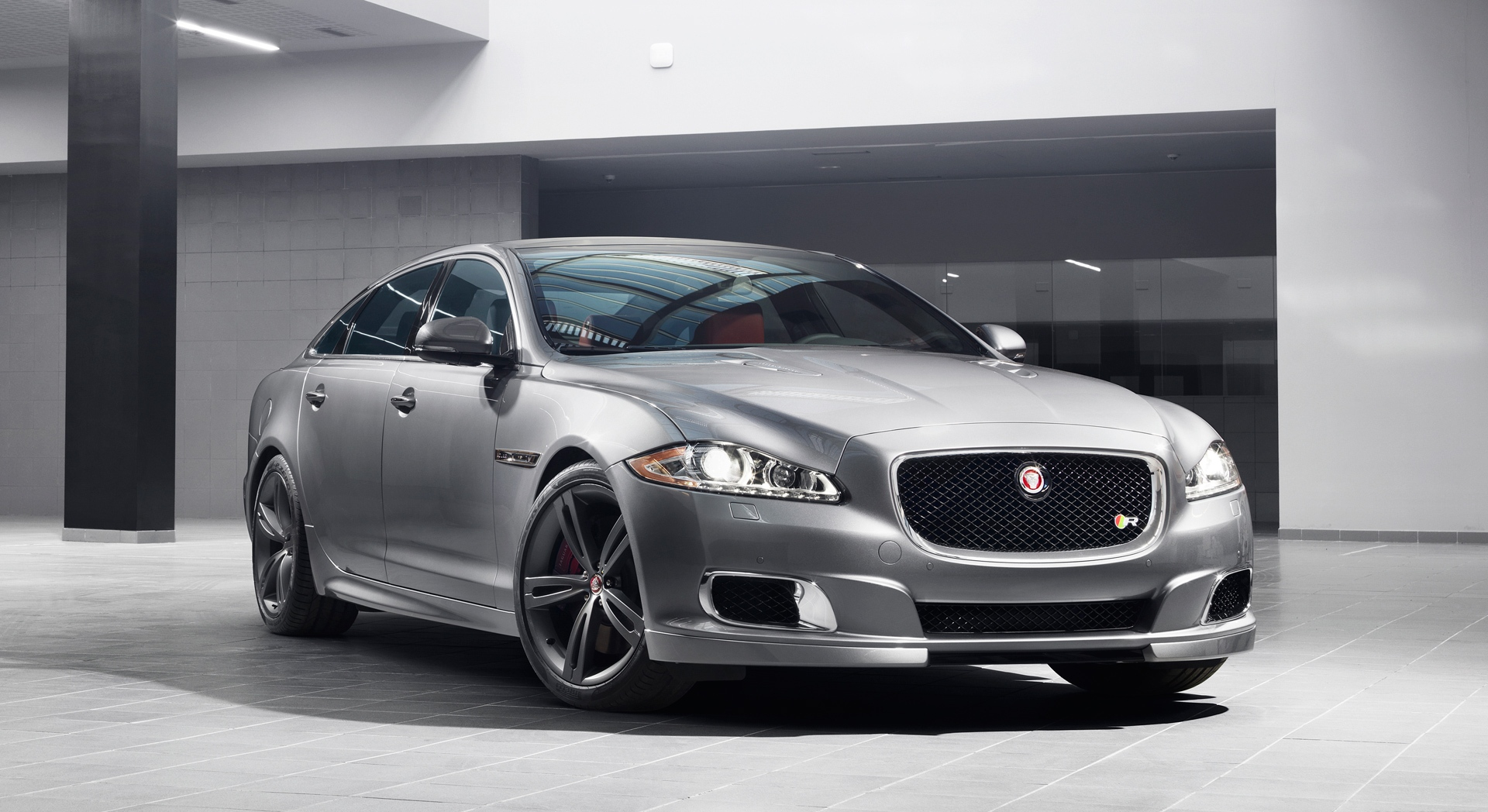 jaguar xjr pictures