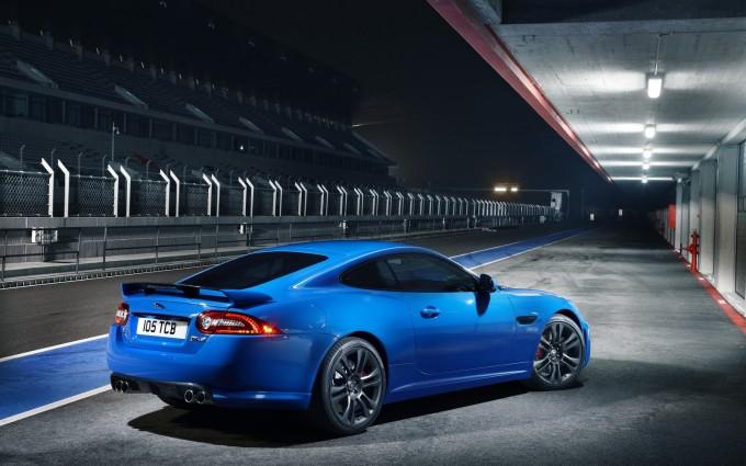 jaguar xkr blue