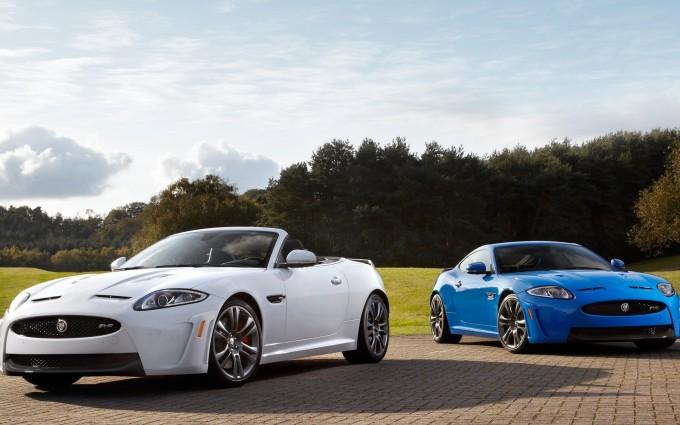jaguar xkr white blue