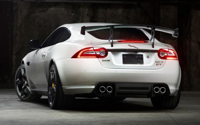 jaguar xkr white pic