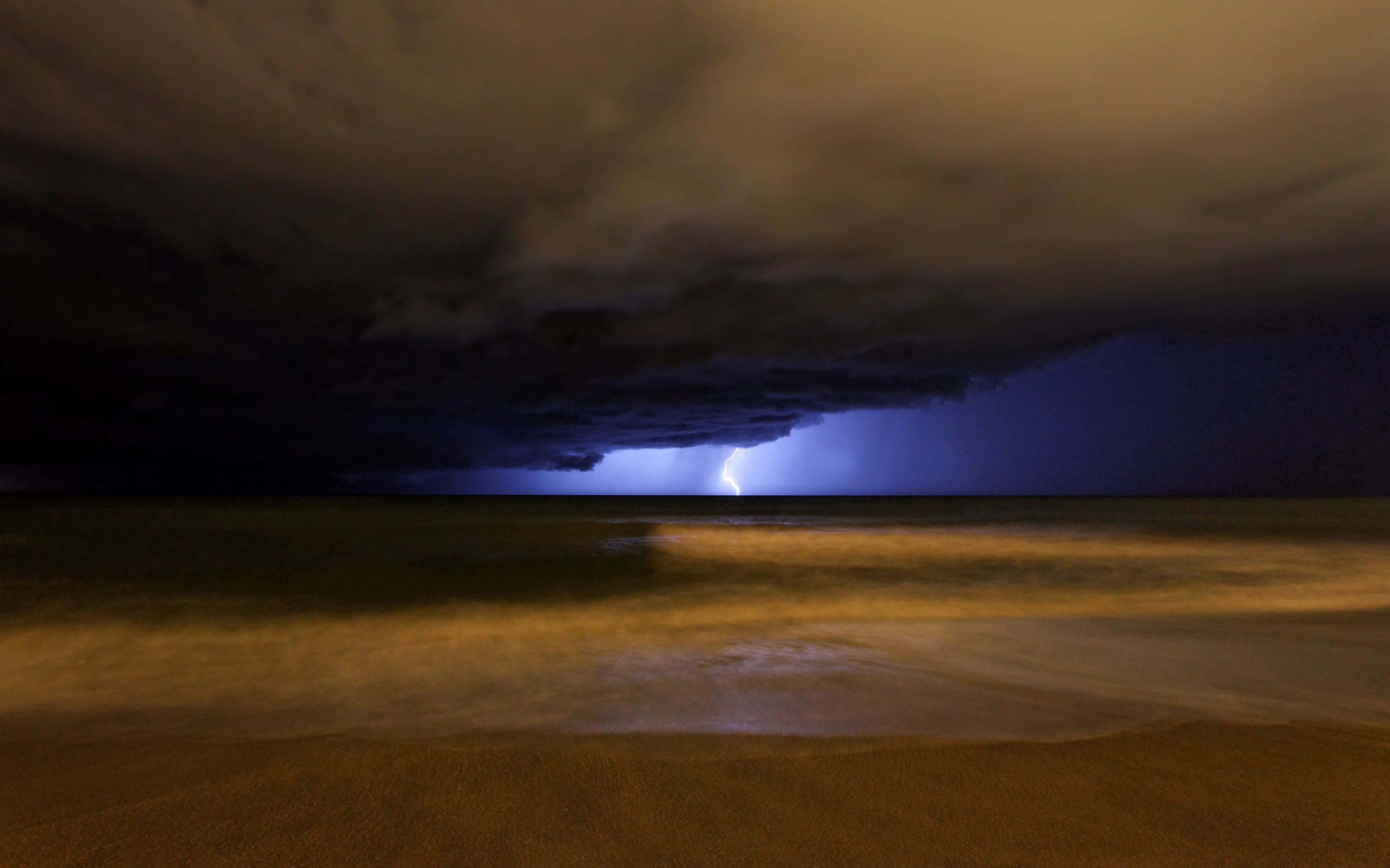 lightning storm pictures