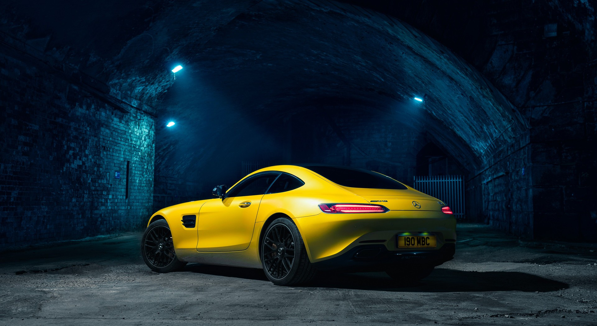 mercedes benz amg gt uk