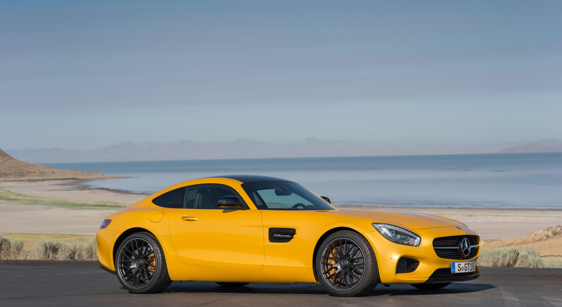 mercedes benz amg gt yellow