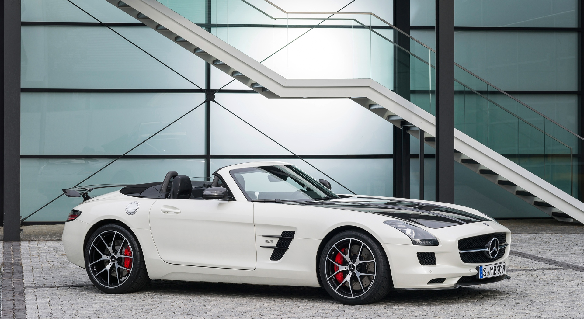mercedes benz sls amg gt white