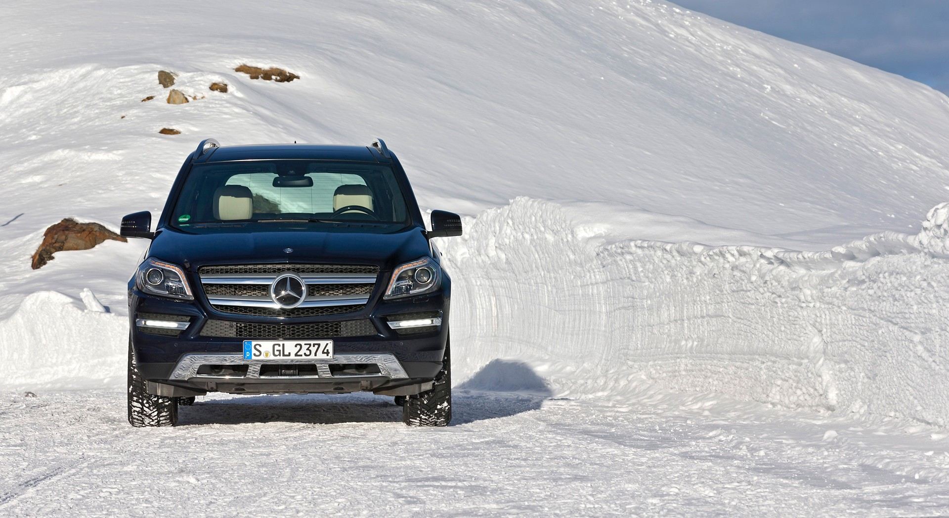 mercedes gl hd wallpaper