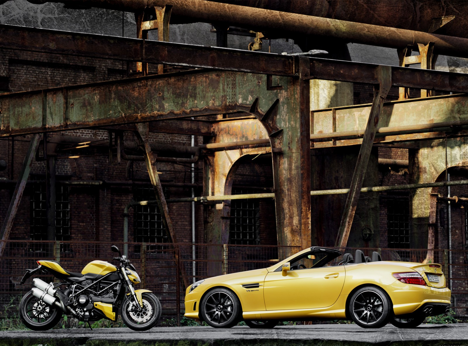 mercedes slk yellow wallpaper