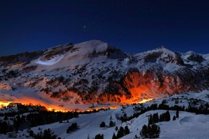 mountains night lights pictures