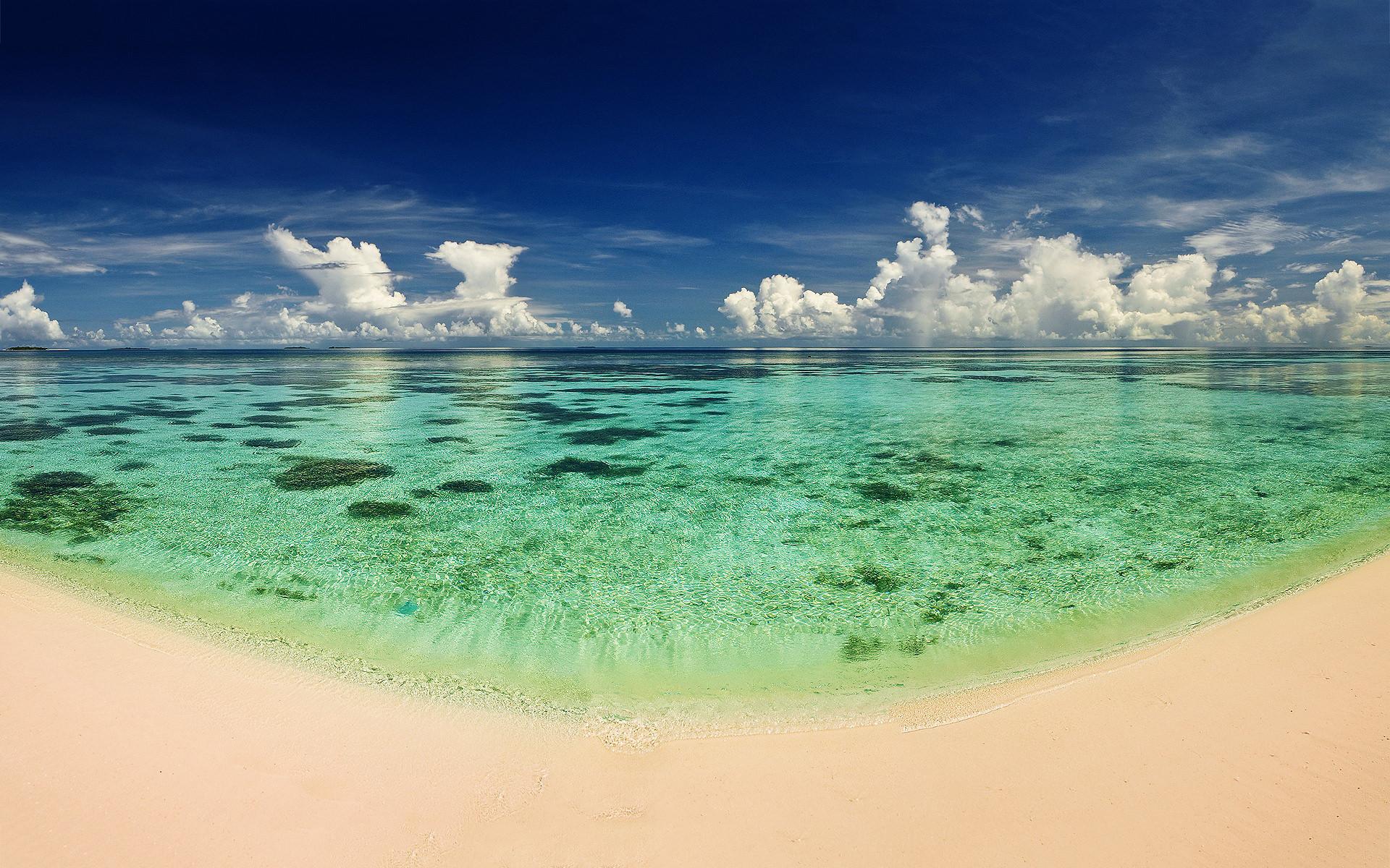Paradise Beaches - HD Desktop Wallpapers