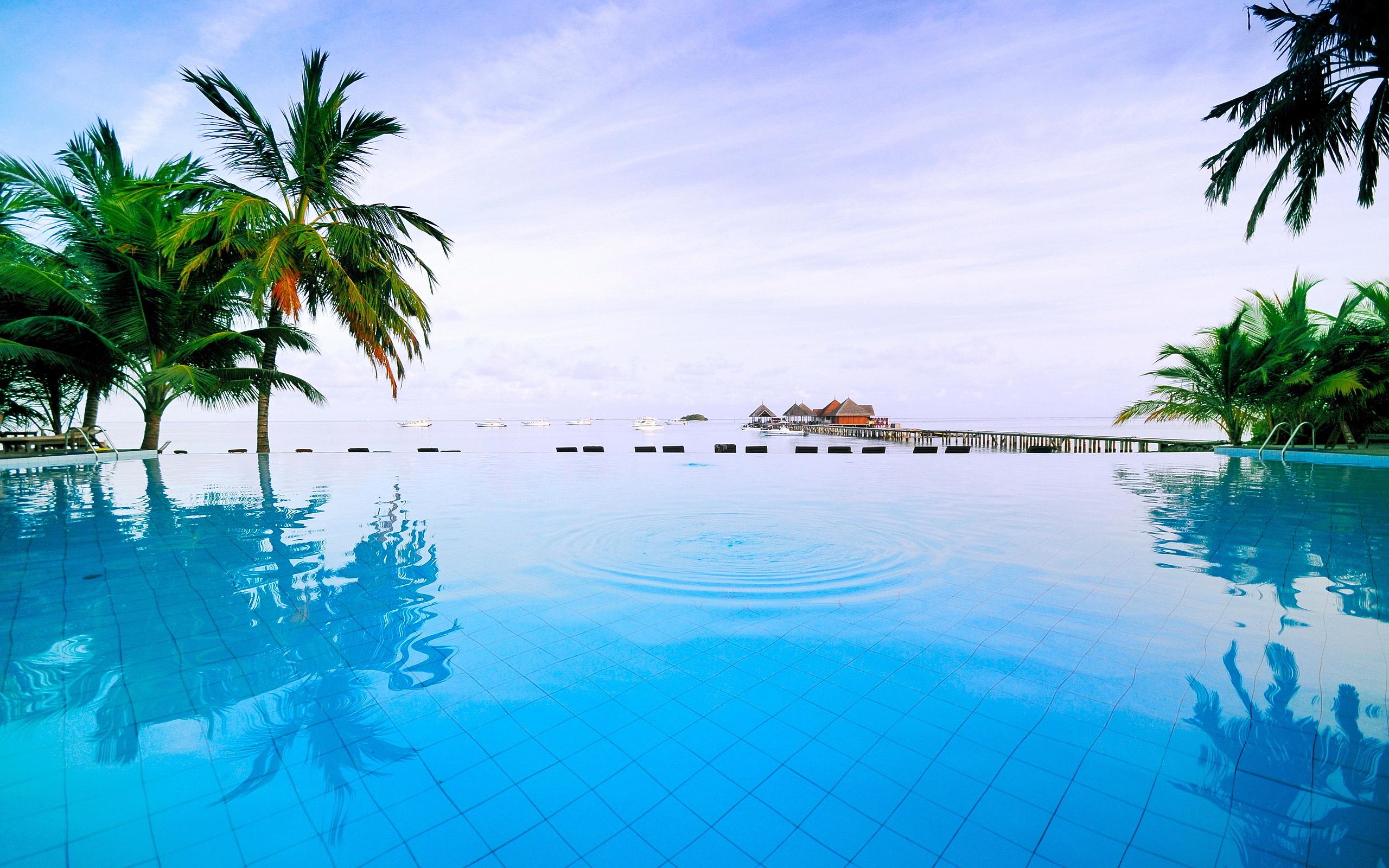pool resort maldives