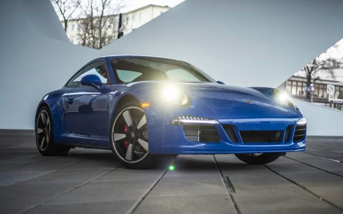 porsche 911 gt3 coupe blue