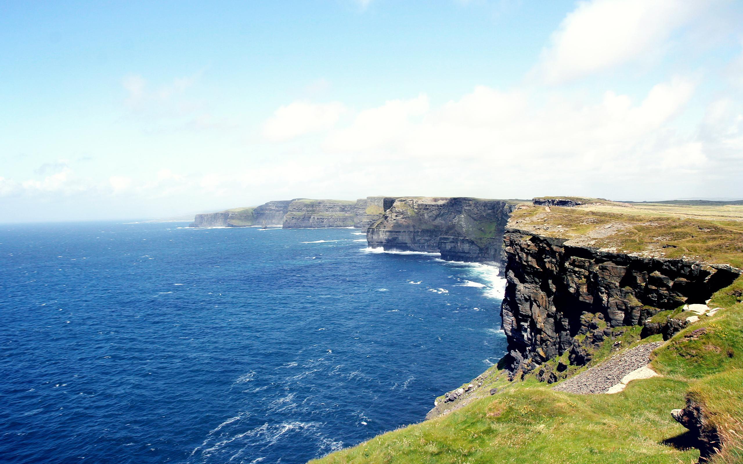seashore cliff
