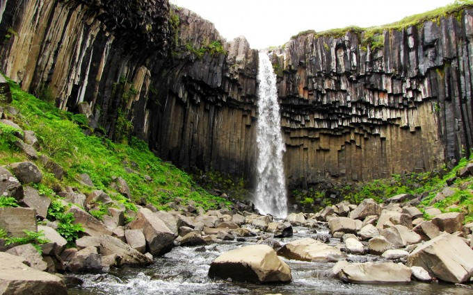 svartifoss waterfall island