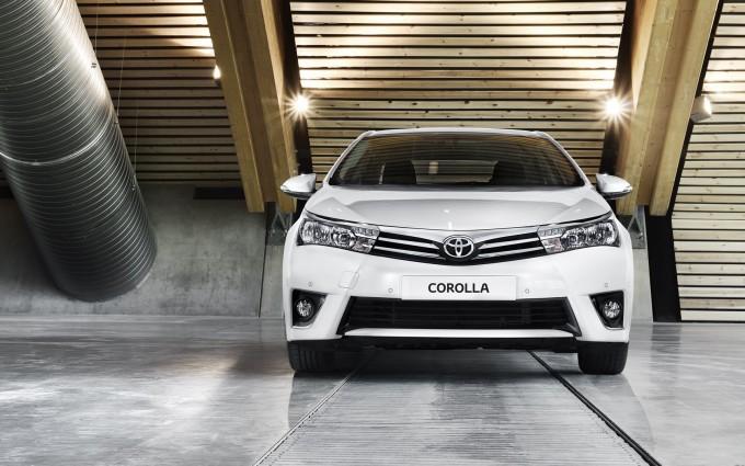 toyota corolla white car