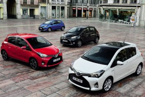 toyota yaris colors