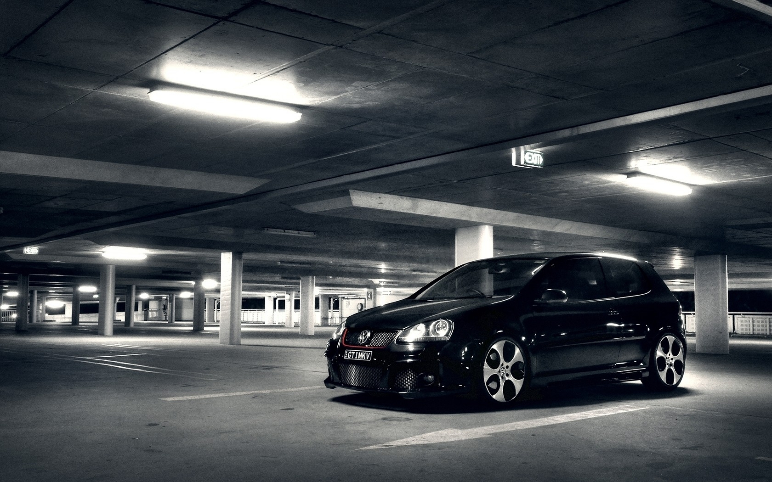 Volkswagen Golf Dark Wallpaper