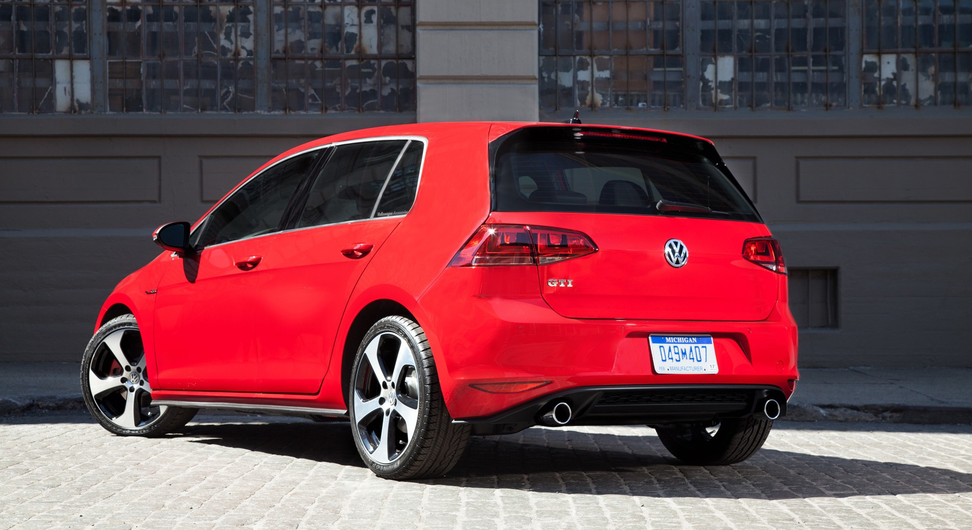 volkswagen golf gti rear