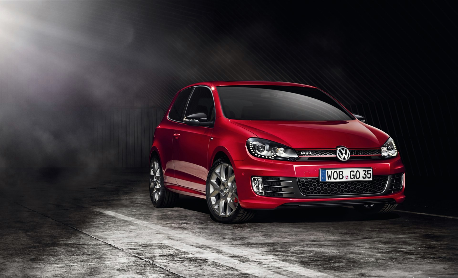 Volkswagen Golf Gti Red - HD Desktop Wallpapers