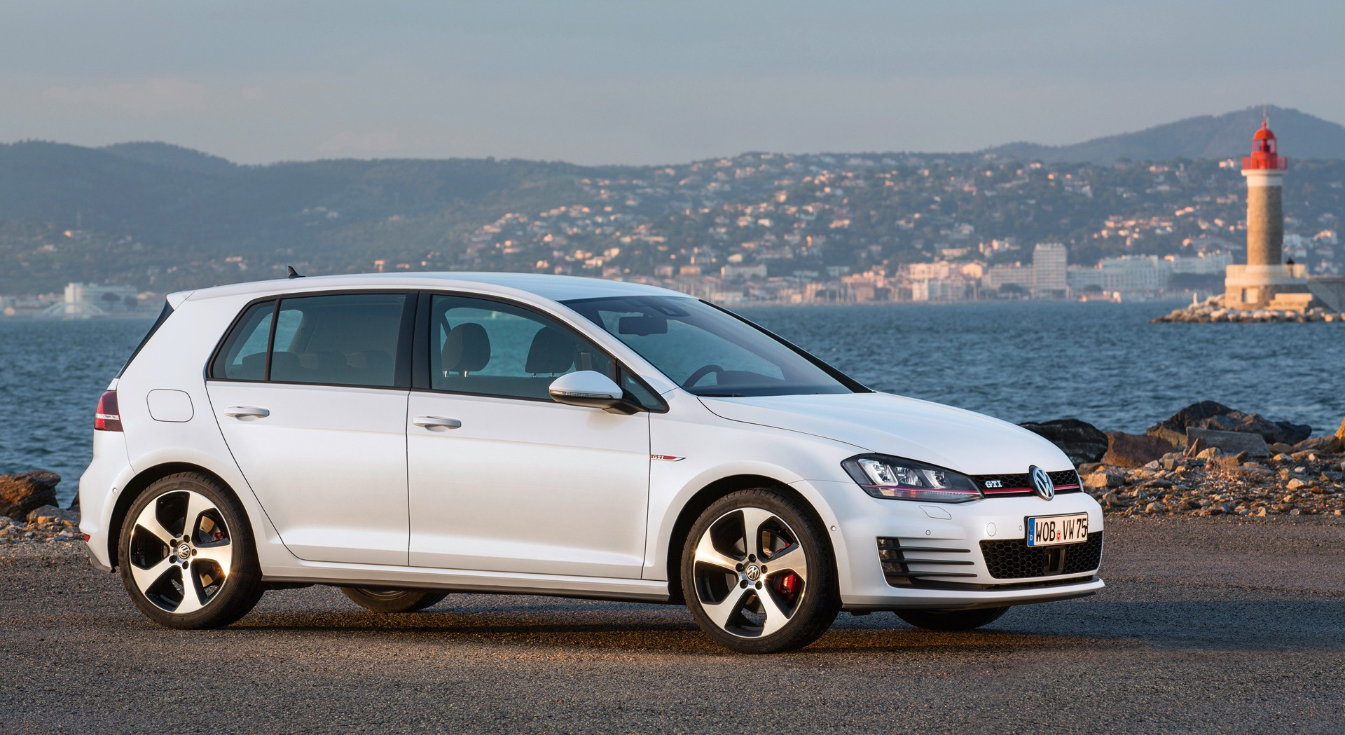 volkswagen golf gti white images