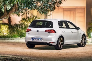 volkswagen golf gti white rear