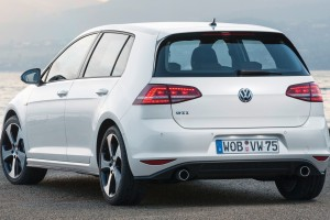 volkswagen golf nice car